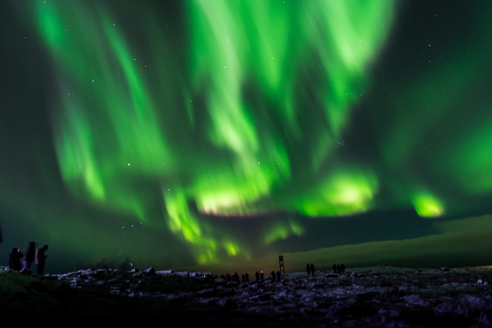sourced adventures presents 5 day northern lights trip to iceland drift travel magazine. Black Bedroom Furniture Sets. Home Design Ideas