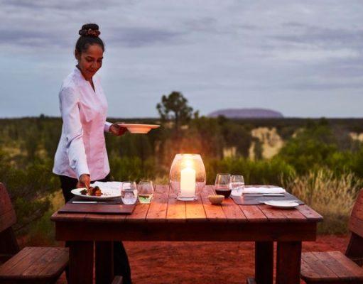 Tali Wiru dining under the stars