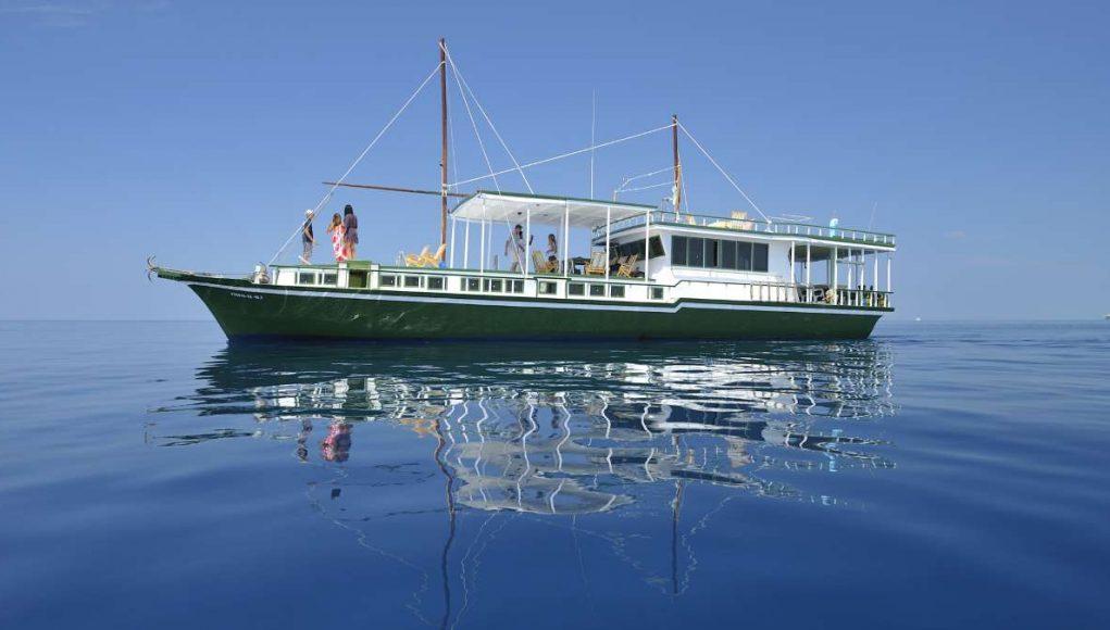 Maldives Dhoni Cruise Boat