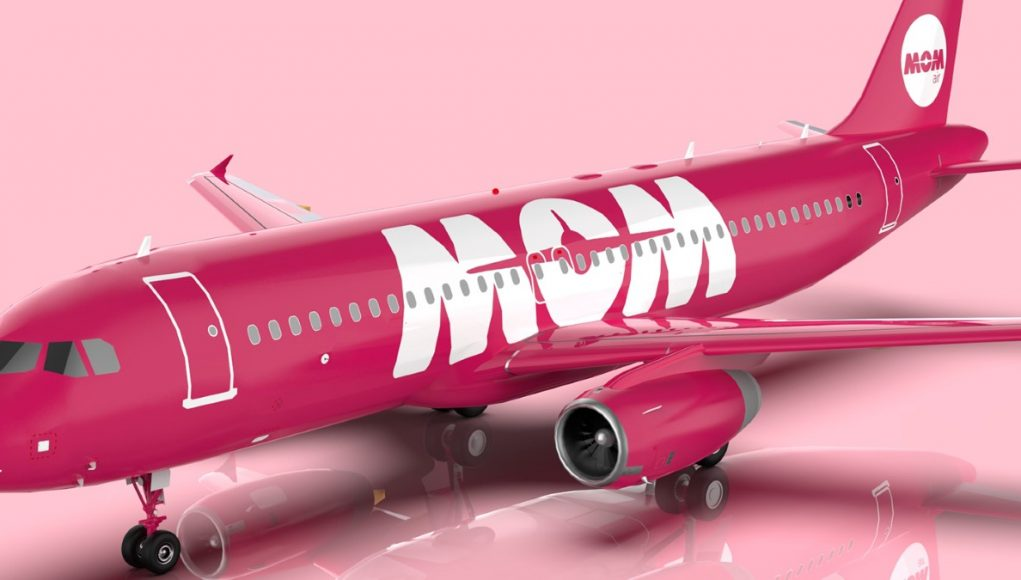 MOM Airline Iceland