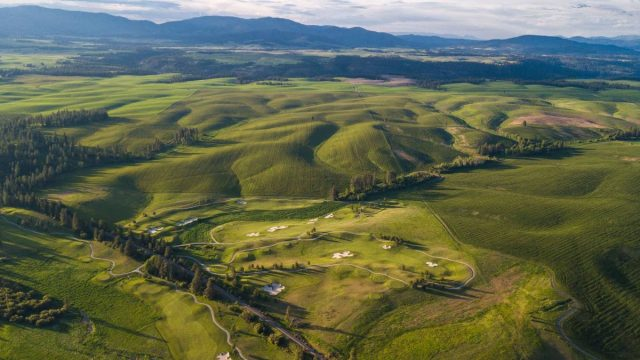 Circling Raven Golf Resort