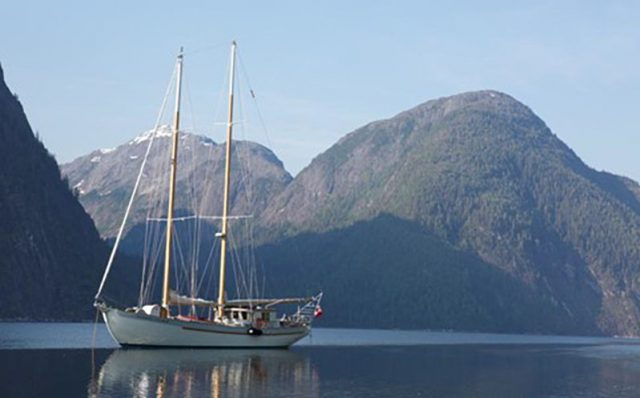 Image: Outer Shores Expeditions