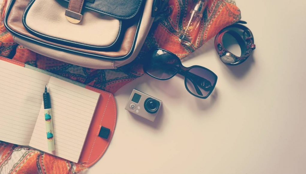 items to take with you wehn you travel