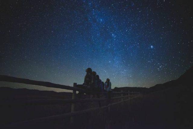 star glazing in the night sky