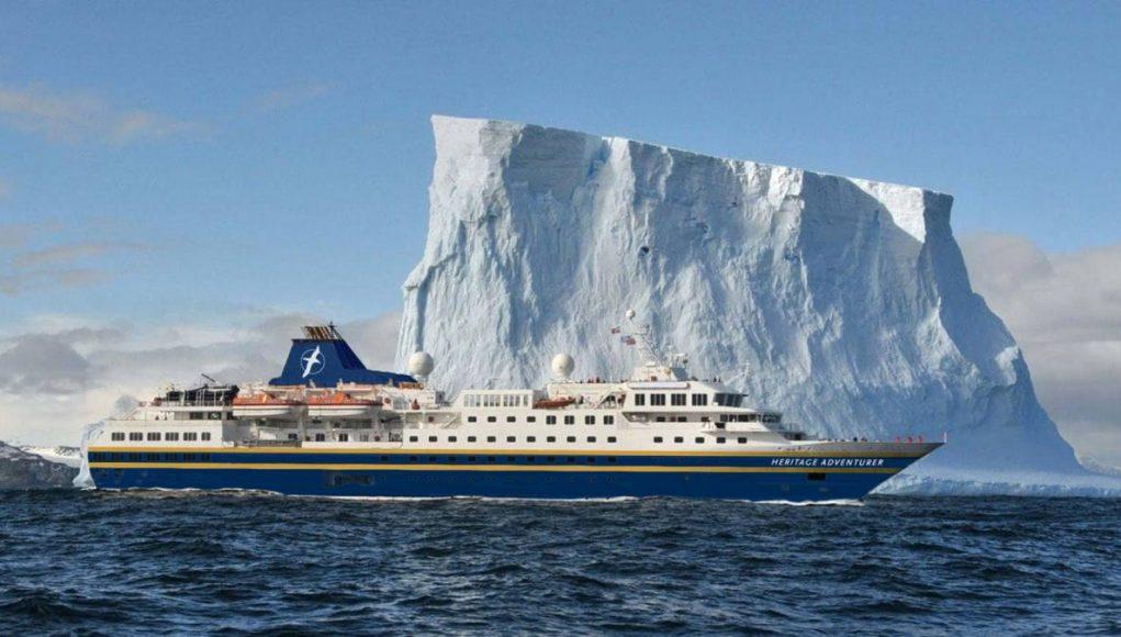 cruise ship in Antaricta